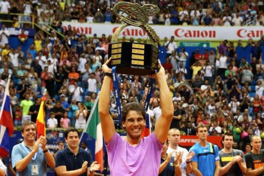 Rafael Nadal is crowned champion in Brazil.  (Photo credit: InovaFoto)